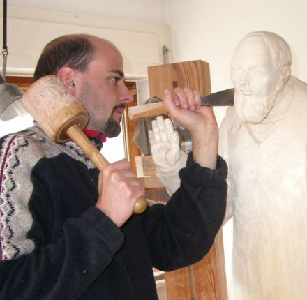 Wood carving company Rabanser Florian